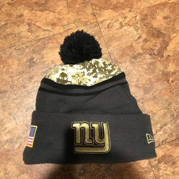 8ab64bc0 NY Giants winter hat. ALL MUST GO! BOGO SALE!